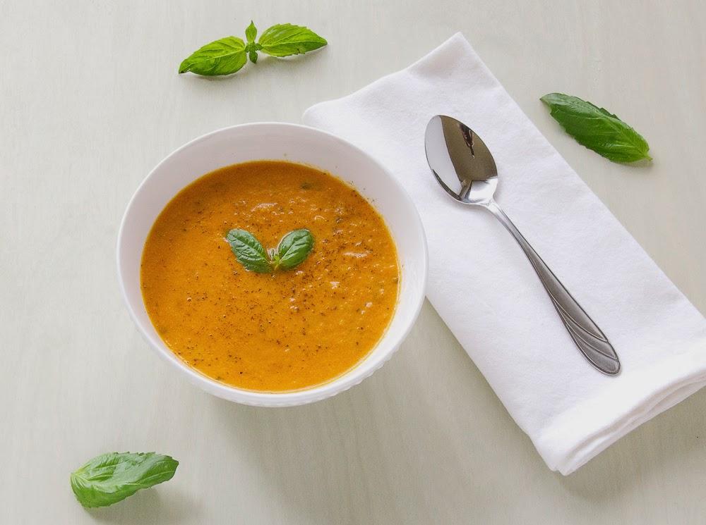 tomato-Basil-Creamy-Homemade-soup