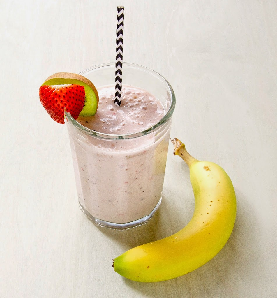Strawberry, Banana and Kiwi Smoothie