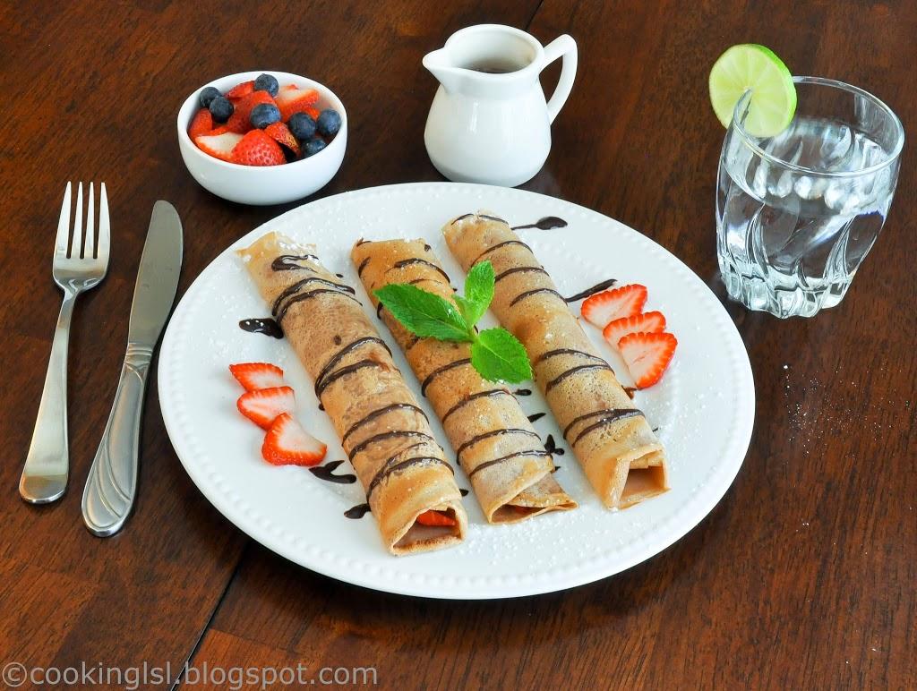 Chocolate-crepes-breakfast-sauce-homemade-strawberries