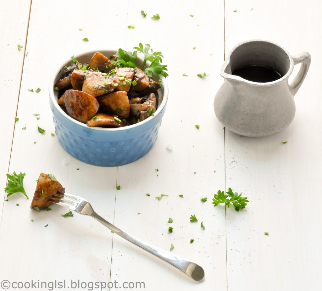 balsamic-glazed-mushrooms-and-onions-side-dish