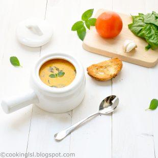 creamy-tomato-florentine-soup-spinach