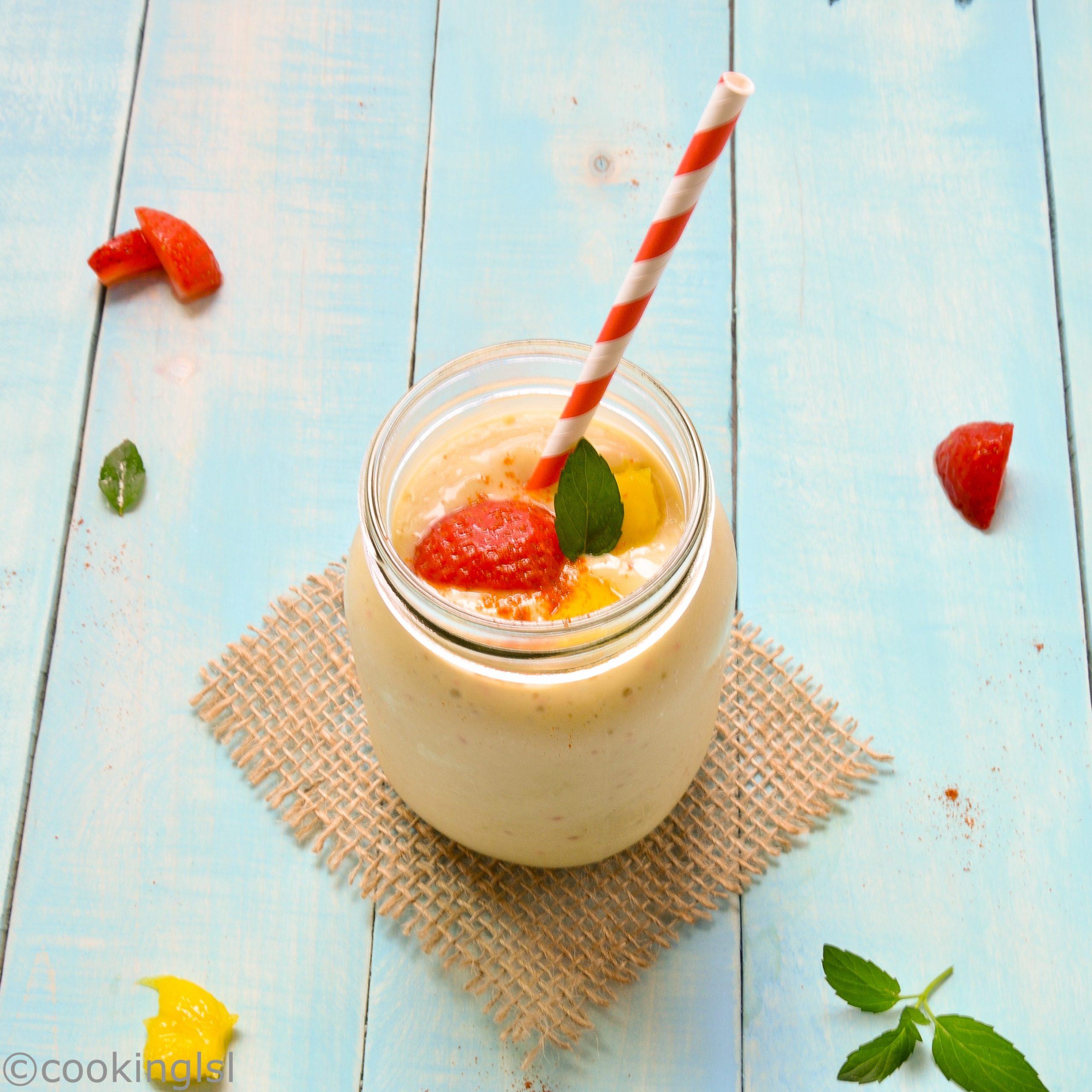 Creamy Spicy Mango, Avocado and Strawberry Smoothie