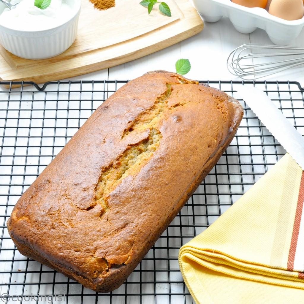 banana-bread-cream-cheese-filled-layer