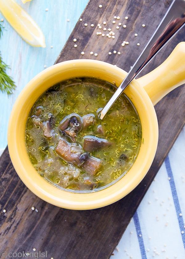 Roasted Garlic And Mushroom Quinoa Soup