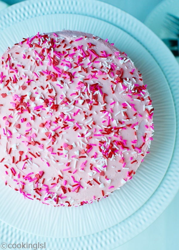 Homemade-Funfetti-Cake-Recipe