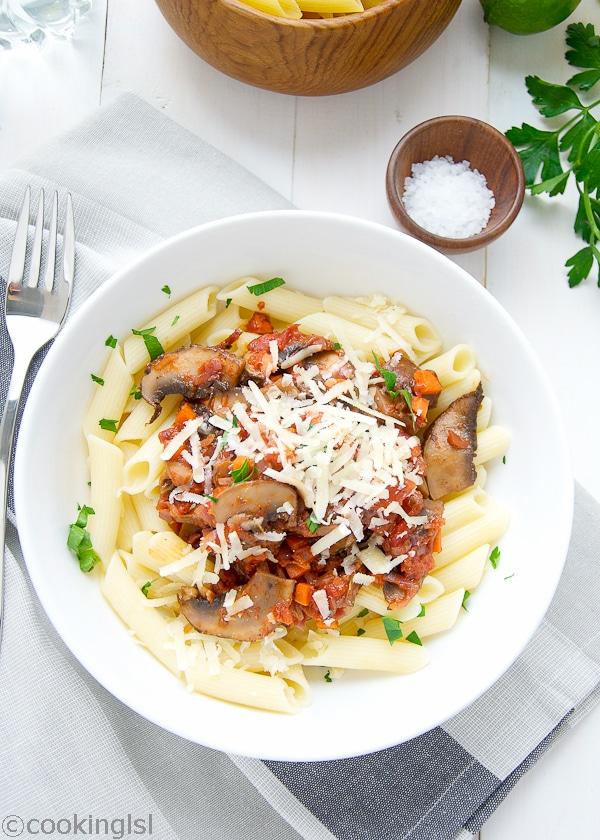 quinoa-pasta-recipe-tomato-mushroom-sauce