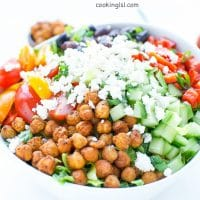 Mediterranean-salad-spicy-roasted -chickpeas-recipe