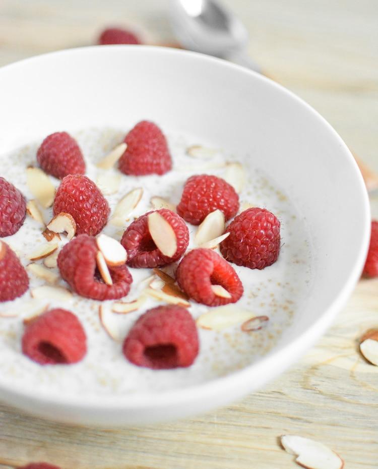 Raspberry-vanilla-Almond-Breakfast-quinoa