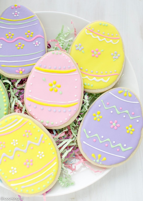 Easter-Egg-Sugar-Cookies-With-Royal-icing