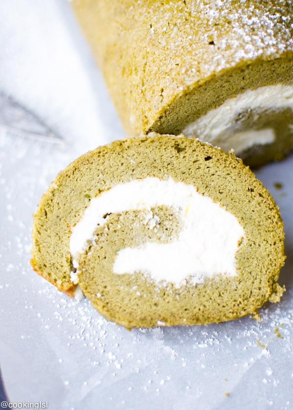 Matcha-Green-Tea-Cake-Roll