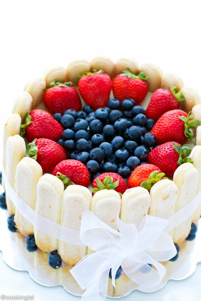 strawberry-blueberry-charlotte-cake-recipe