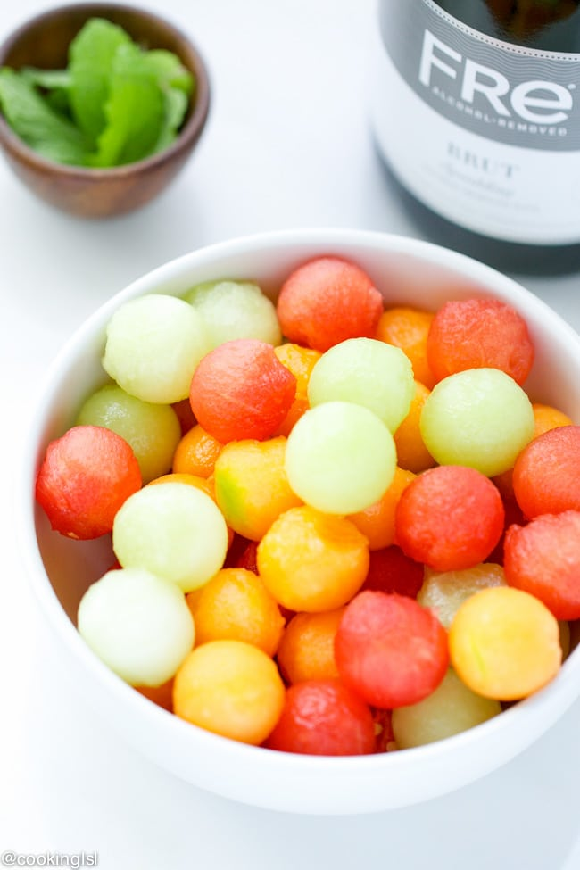 sparkling-brut-alcohol-removed-sangria-melon-ball