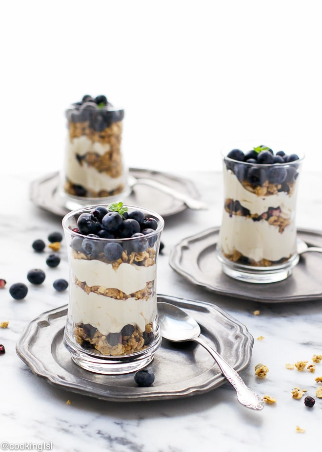 Blueberry Cheesecake Granola Yogurt Parfaits - Cooking LSL