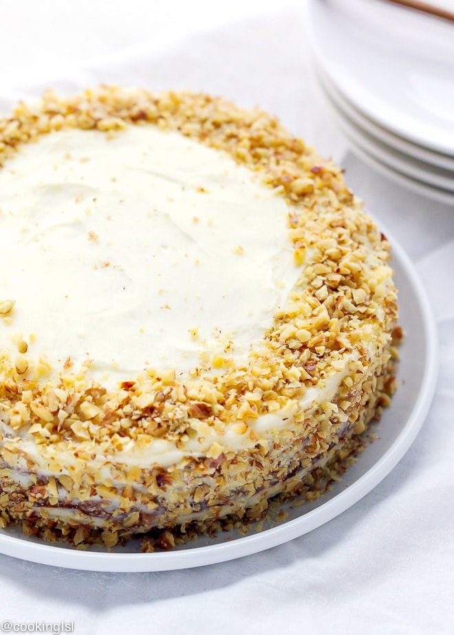 CARROT CAKE WITH CREAM CHEESE ICING {FOOLPROOF RECIPE}