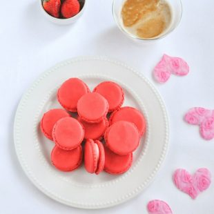strawberry french macarons recipe