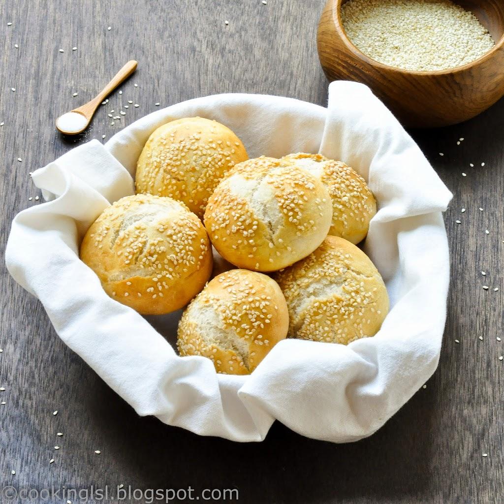 Sesame-Seed-Hamburger-Bread-Buns-Burger-Homemade