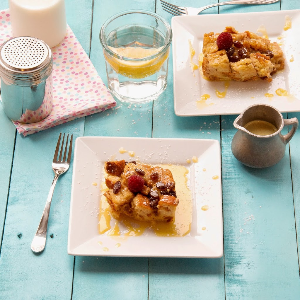 easter-bread-pudding-with-raisins-and-walnuts-homemade
