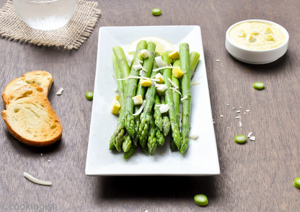 Asparagus-With-Dijon-Mustard-Egg-Sauce-And-Chopped-Eggs