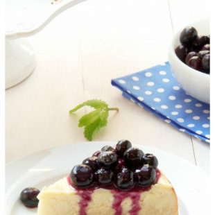 cheesecake-blueberry-topping