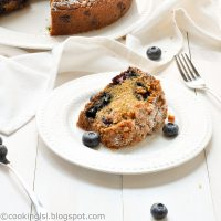 blueberry-coffee-cake-with-sugar-crumb-topping