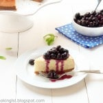 cheesecake-with-blueberry-topping-homemade