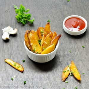 oven-baked-potato-wedges-fries
