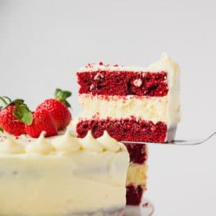 Red velvet cheesecake cake slice