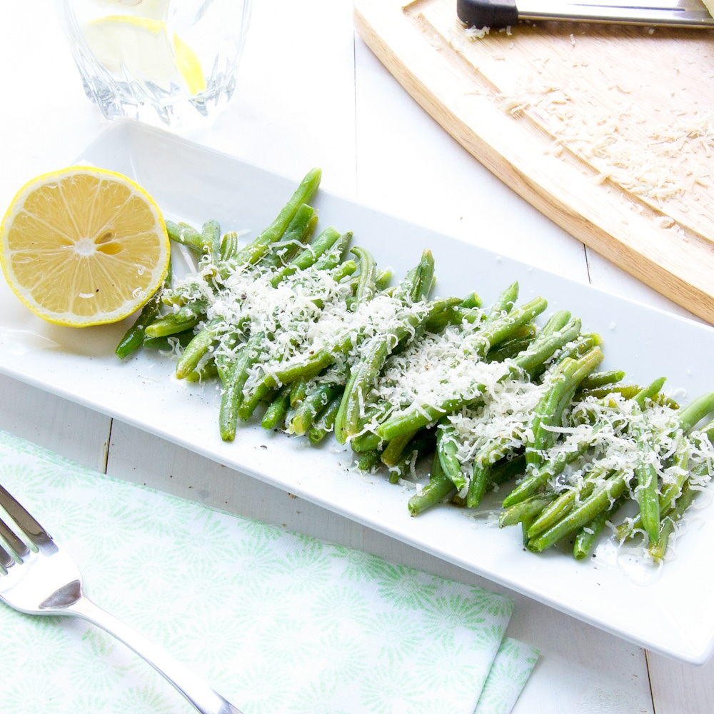 Oven-Baked-Green-Beans-With-grated-Parmesan-Cheese