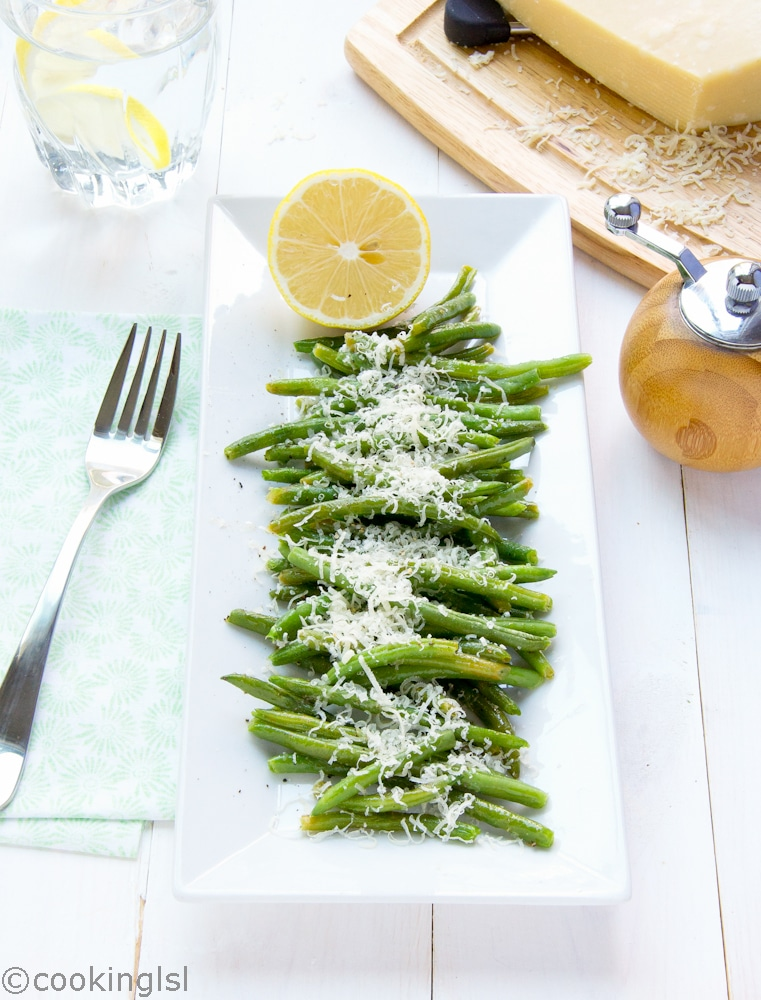 oven-baked-green-beans-with-parmesan-cheese