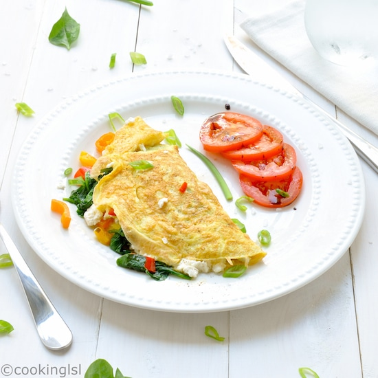 Spinach-Feta-And-Peppers-Omelet