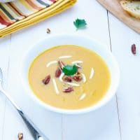 Roasted-Butternut-Squash-Soup-vegan-spicy-simple-fall
