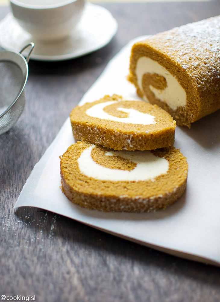 Pumpkin-Cake-Roll-With-Cream-Cheese-Filling