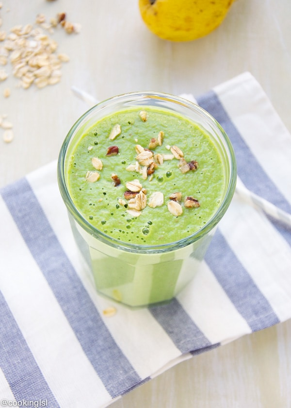 apple pear green smoothie