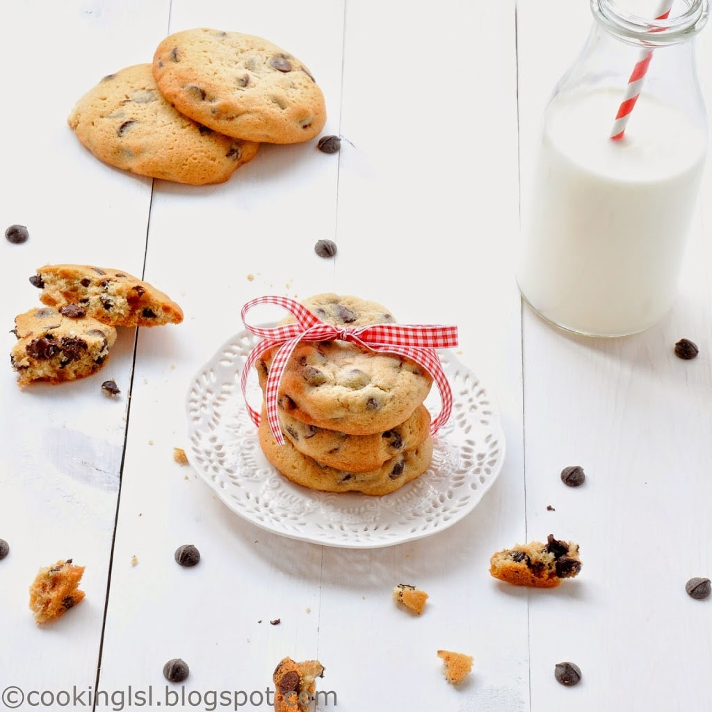 Soft and chewy chocolate chip cookies with coconut oil