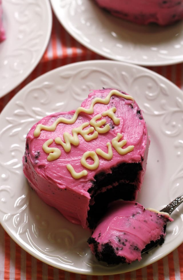 conversation-heart-cakes