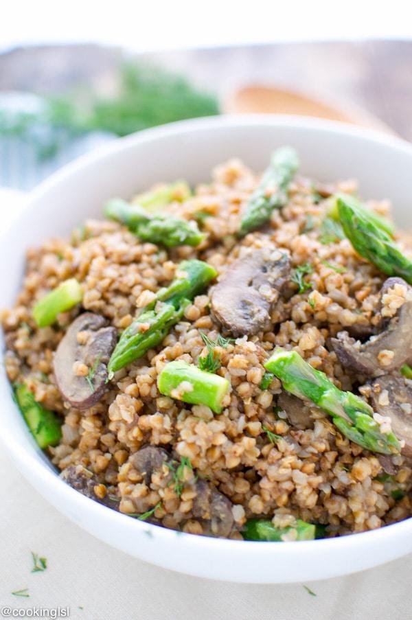 buckwheat with mushrooms and asparagus