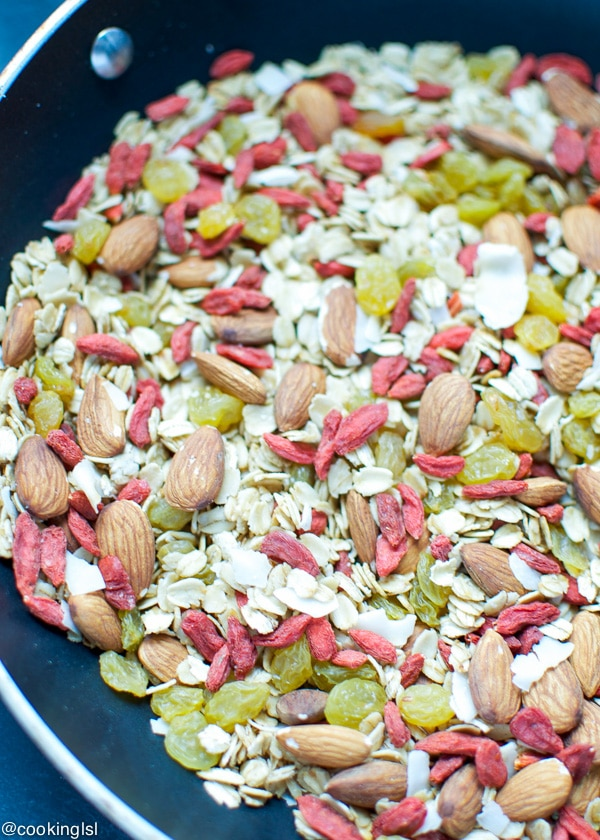 Coconut-Almond-Goji-Berry-Granola