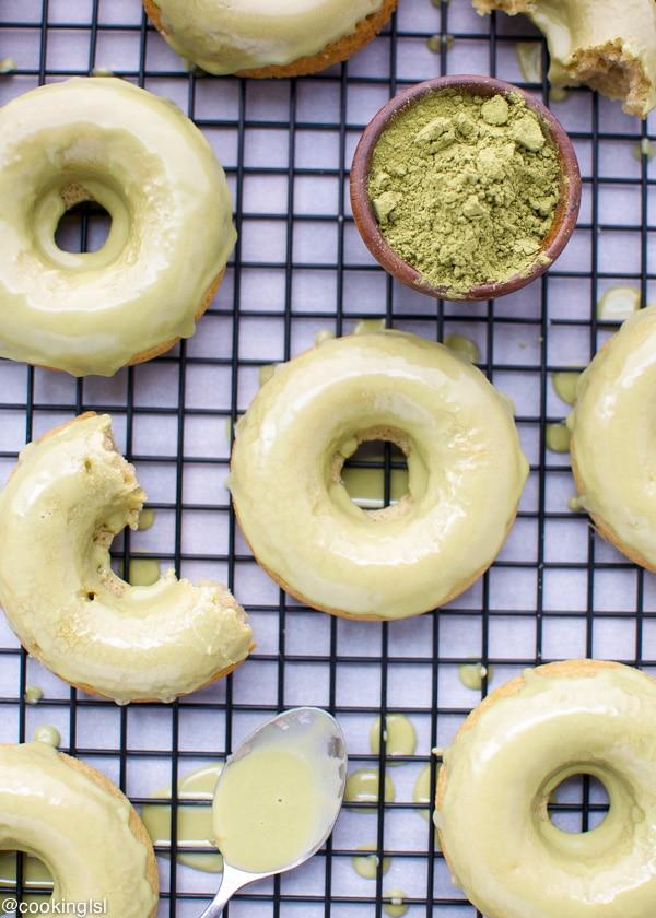 matcha-baked-donuts-matcha-glaze