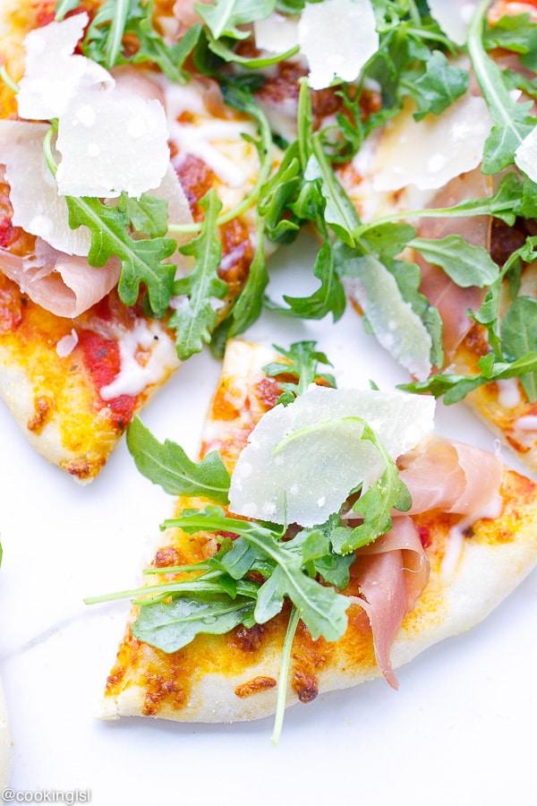 Prosciutto and Arugula Pizza - Itallian Summer Grilling ...