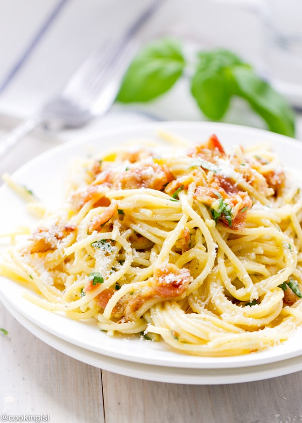 easy-20-minute-pasta-carbonara-recipe-bacon
