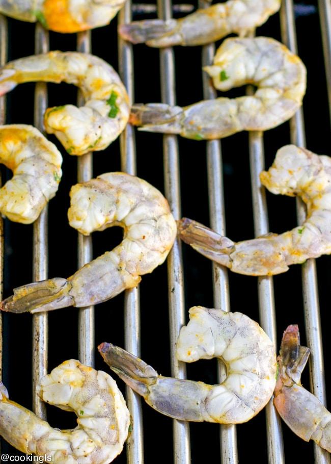 Caribbean-spicy-grilled-shrimp-cauliflower-rice-pineapple-el-yucateco