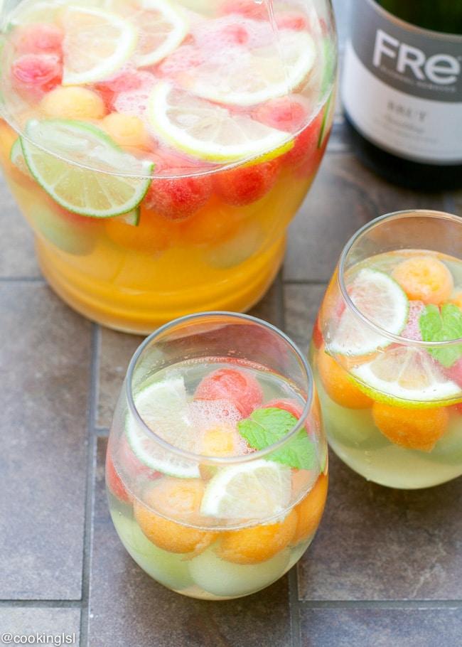 sparkling-wine-melon-ball0sangria