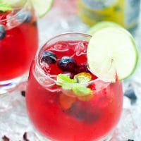 berry-hibiscus-iced-tea-sparkling-lemonade-refresher