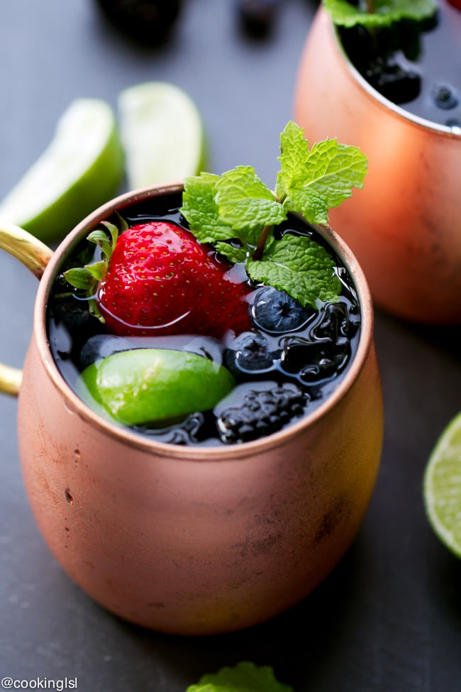 berry-Moscow-Mule-cocktail-recipe-summer-party
