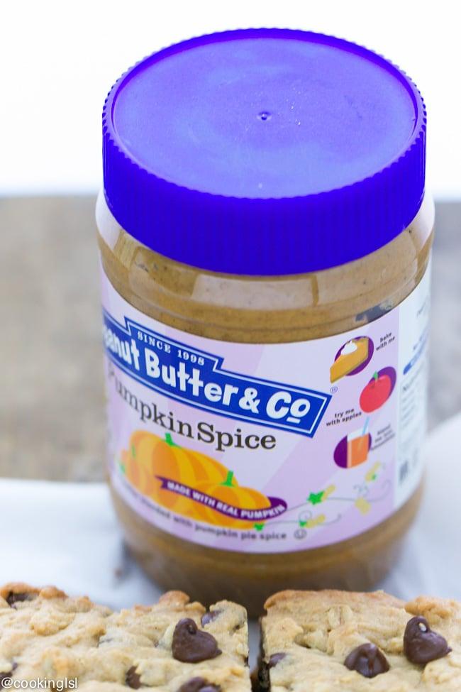 Peanut-Butter-Pumpkin-Spice-Chocolate-Chip-Cookie-Bars
