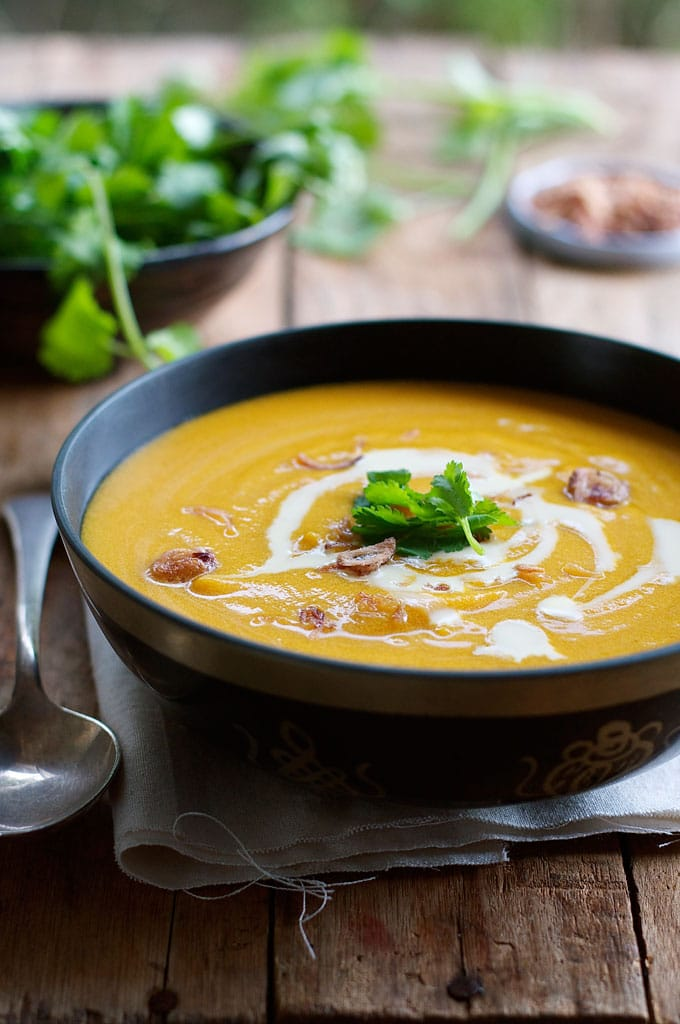 Thai-coconut-pumpkin-soup