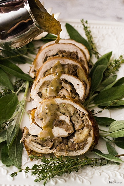 roasted-turkey-roulade