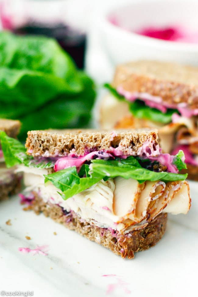 turkey-sandwiches-blueberry-mayonnaise-mayo