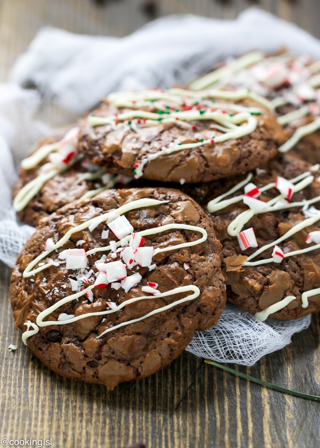 mint-chocolate-Christmas-brownie-cookies