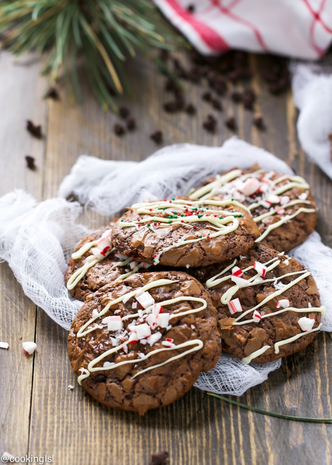 mint-chocolate-Christmas-brownie-cookies